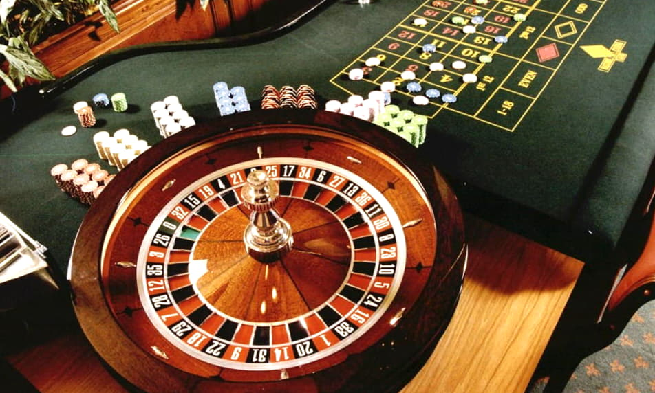 €305 Online Casino Tournament at Royal Vegas Casino